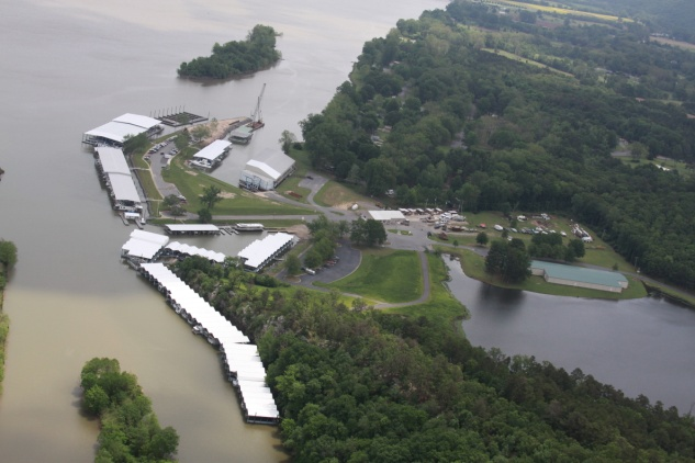 Little Rock Yacht Club Aerial Photo 1